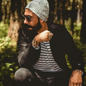 Men's Fashion: Seven Casual Outfits to Keep You Warm and Stylish This Summer