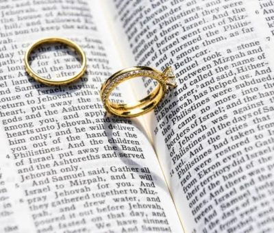It's Not Biblical For A Woman To Take Her Husband's Name Or Surname After Wedding — Catholic Priest